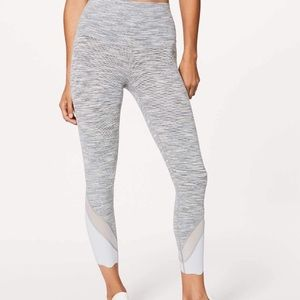 Lululemon Silver Spoon 7/8 tights size 8